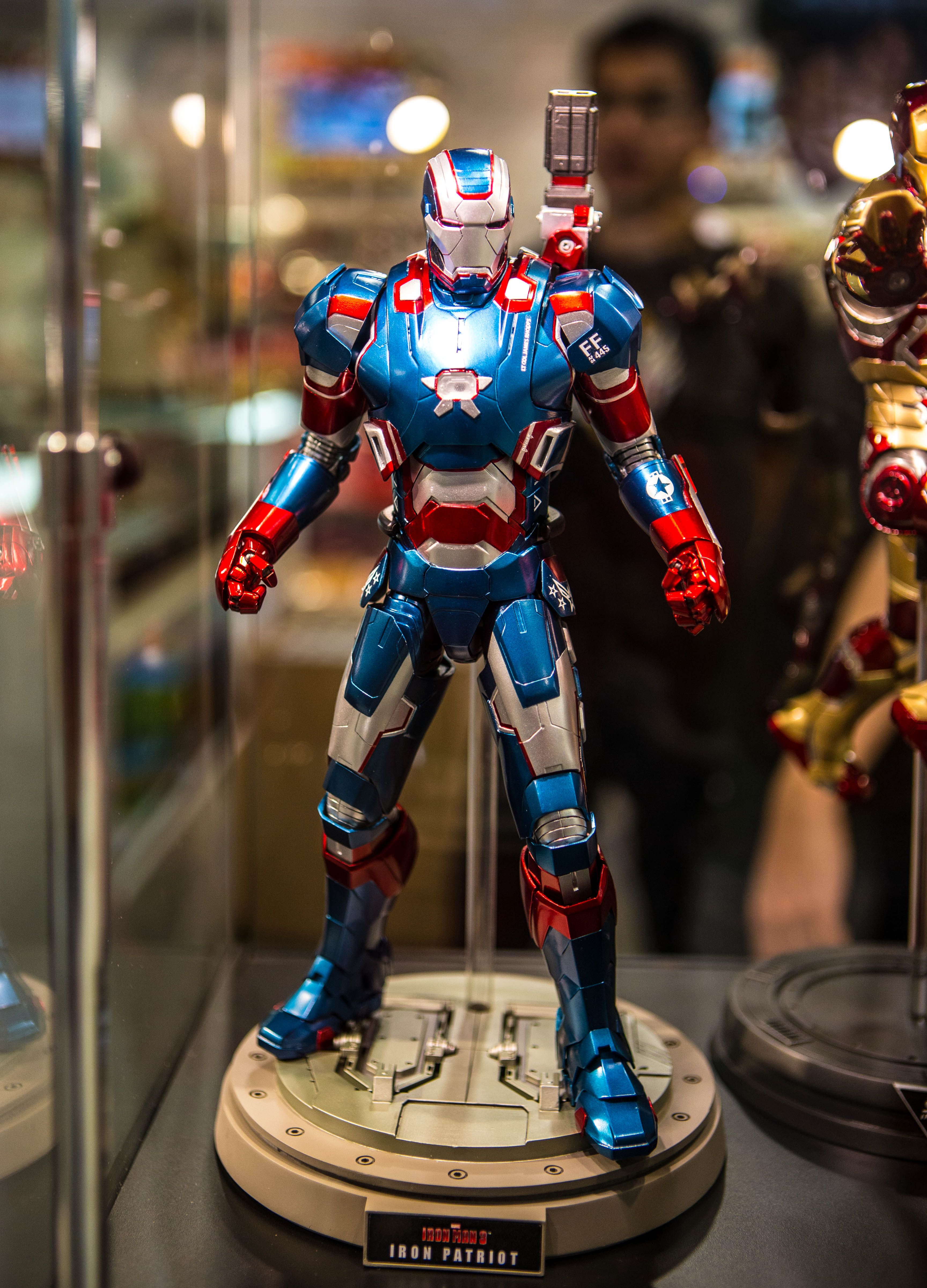 Hot Toys Iron Patriot Die-cast | comic book characters