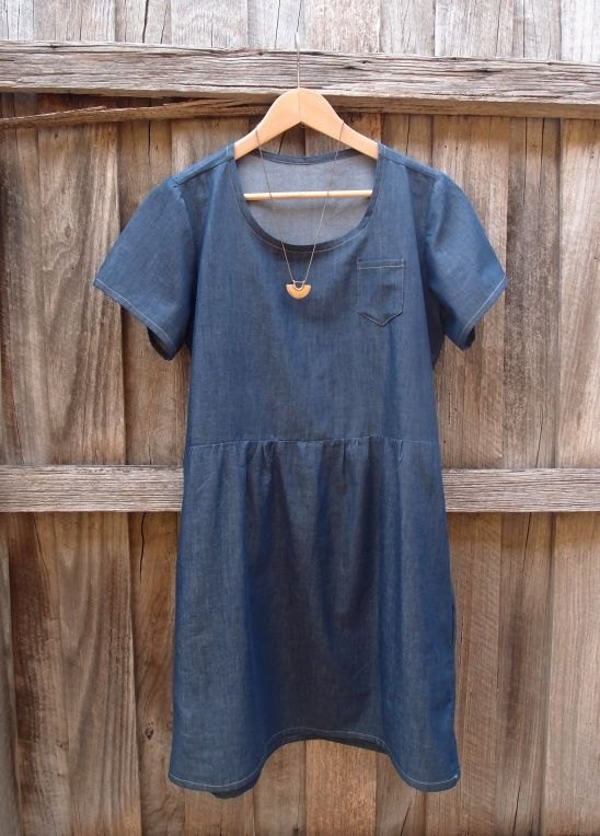 Chambray summer dress by Diane - another loose-fit summer dress, very similar to my previous Gingham dress. This one is also self-drafted, using the Scout Grainline Tee as a basis for the top, and the Sew Caroline Out & About dress as a basis for the skirt. The dress is made out of lightweight chambray, with gold topstitching and side pockets.