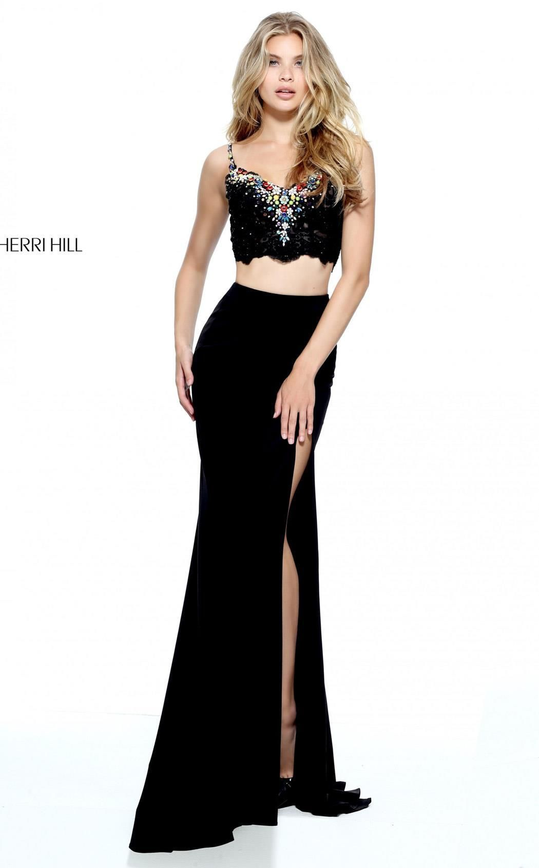 Sherri hill curvy fit side split and scalloped edge