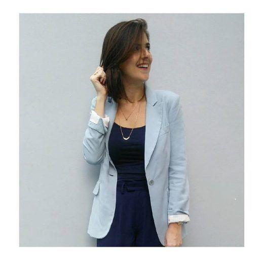 Diversos tons de Azul! Blazer Azul claro e blusa e calça Azul Marinho. 2109c2d7adfc6