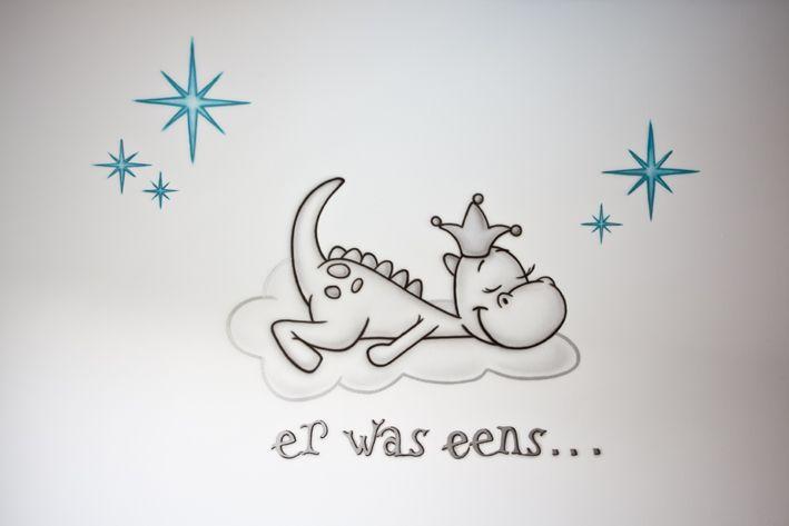 Verwonderend er was eens... Draakje Dirk! Babykamer muurschildering (met EU-46
