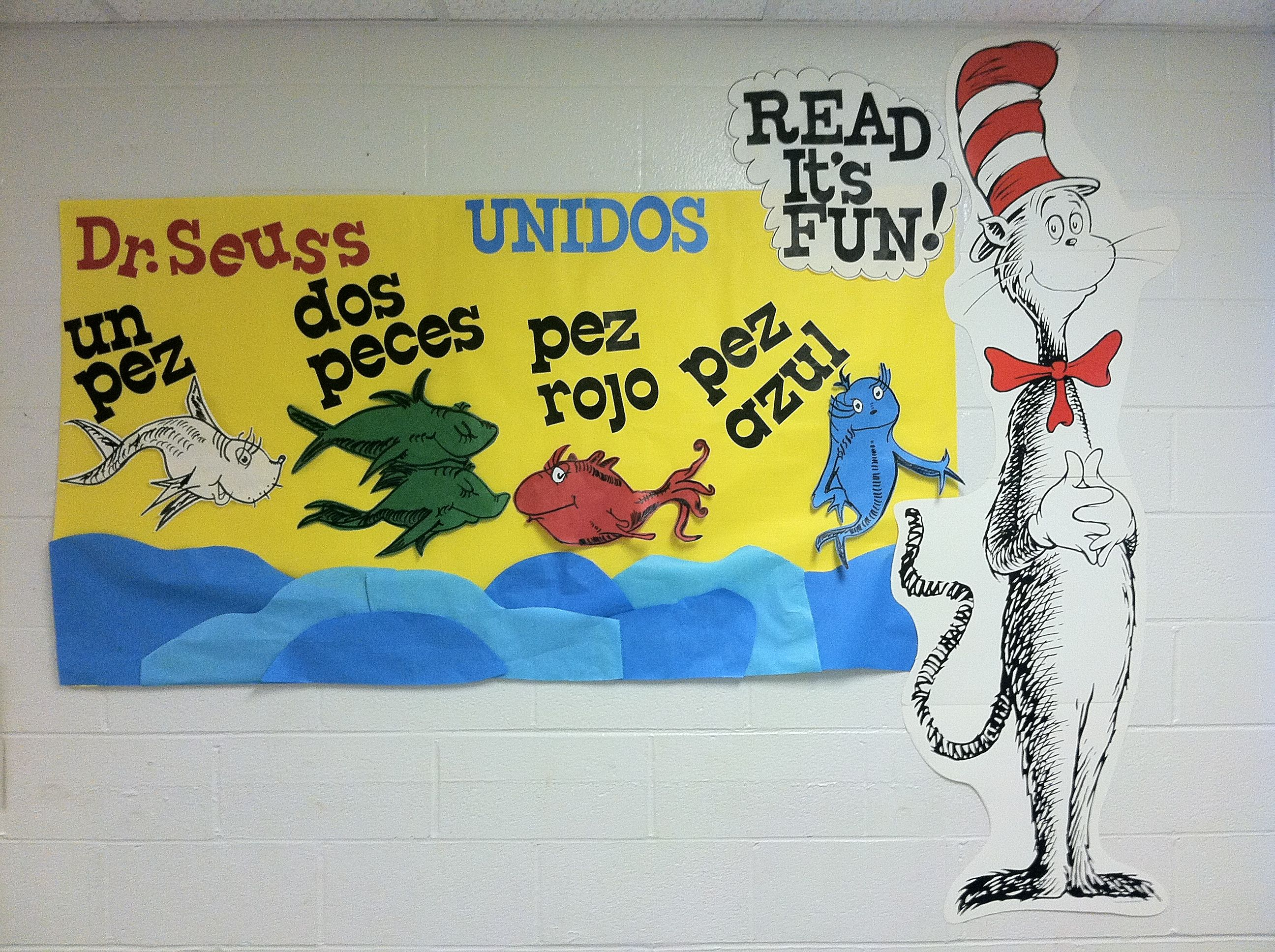 Dr seuss one fish two fish in spanish bulletin board my for Fish in spanish
