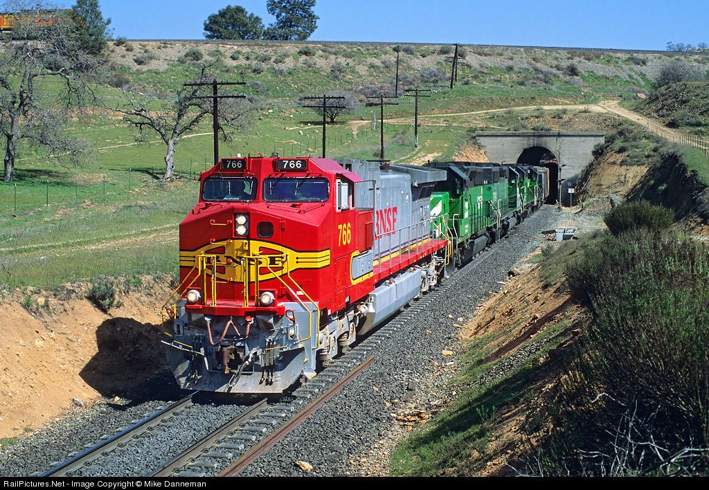 RailPictures Net Photo: BNSF 766 Burlington Northern Santa