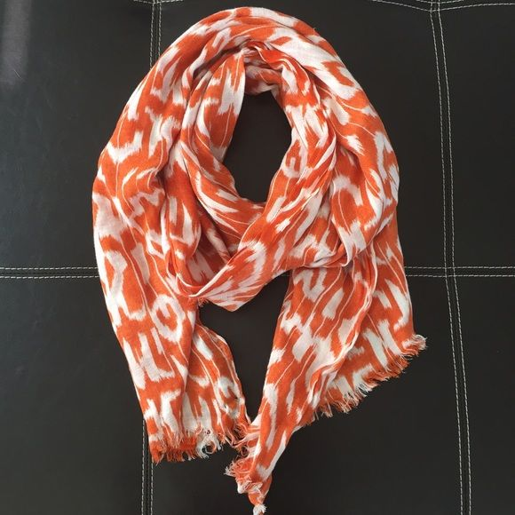"""・Orange & White Scarf・ ・Condition: Excellent Used Condition (EUC)  ・No stains/holes/damage ・38"""" across, 68"""" long ・No trades  Price is negotiable using the """"Offer"""" button. I do not negotiate in the comments unless an offer has been made. Same or next day shipping on all orders! Charlotte's Accessories Scarves & Wraps"""