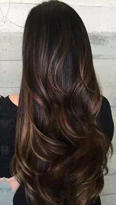 صبغة غارنييه بني Garnier Brown تعتبر احد درجات صبغة غارنييه المتعددة وتعتبر الدرجة ال Winter Hair Color Trends Hair Highlights And Lowlights Winter Hair Color