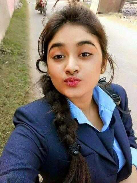 Meet Desi Dating Hot Beautiful Girls: Zartasha - Desi Hot Selfie Dating Girl From Karach...