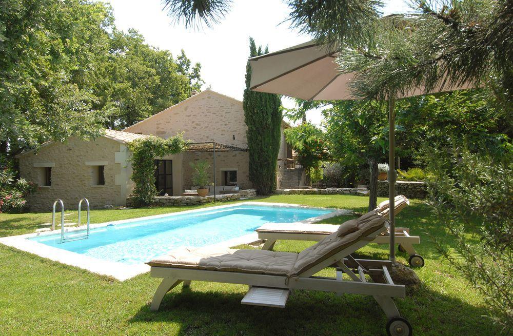 Saignon, Mas de vacances avec 3 chambres pour 8 personnes Réservez - location vacances provence avec piscine