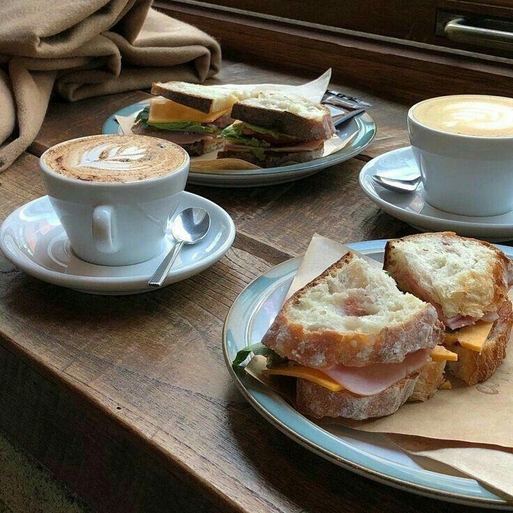 создают красивое фото бутерброд с кофе греха подальше