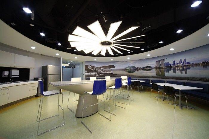 Office Tour Pratt Whitney S New Singaporean Offices Db B