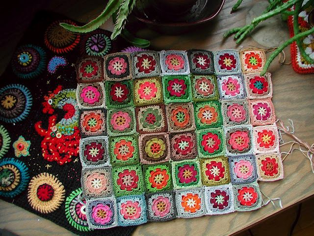 Lovely Color Combinations And Pattern Crocheted In Embroidery Floss