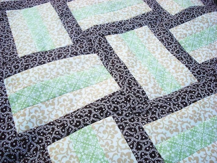 On a Roll! 8 Easy Jelly Roll Quilt Patterns | Rail fence quilt ... : quilt patterns simple - Adamdwight.com
