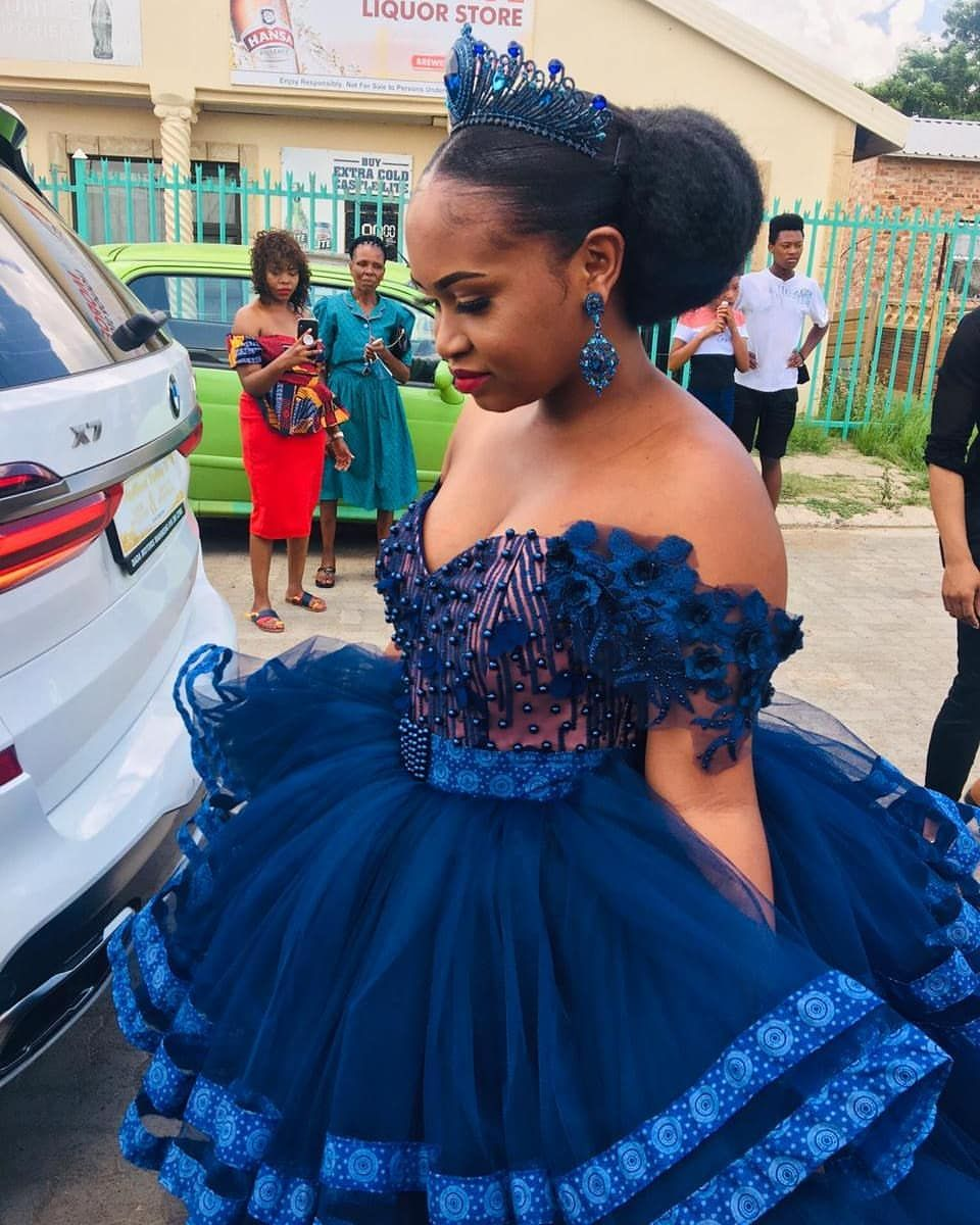 Pin By Vuyi Mahlangu On Traditional Wedding In 2021 Latest African Fashion Dresses Traditional Dresses Designs African Print Fashion Dresses [ 1200 x 960 Pixel ]