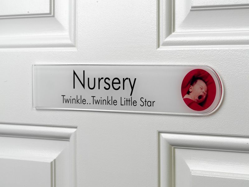 Childrens Nursery Personalized Bedroom Door Signs. Delightful ...