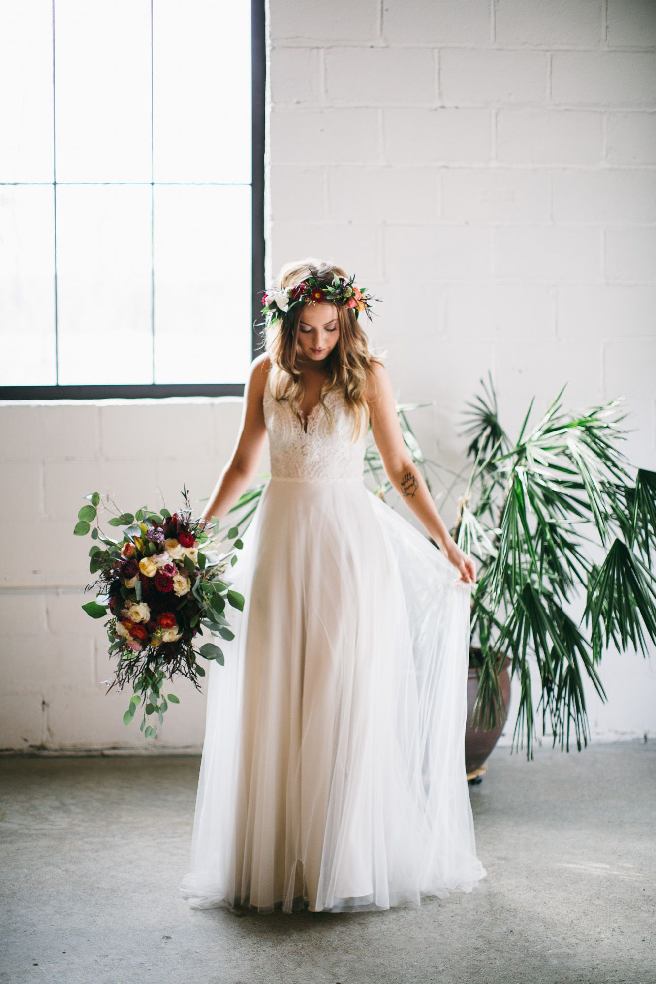 Modern White + Botanical Floral Wedding Inspiration!    Styling + Photography: Plaid Poppy Co  Floral: Eclectic Elegance  Wedding Dress: The White Room Mpls  Venue: Paikka