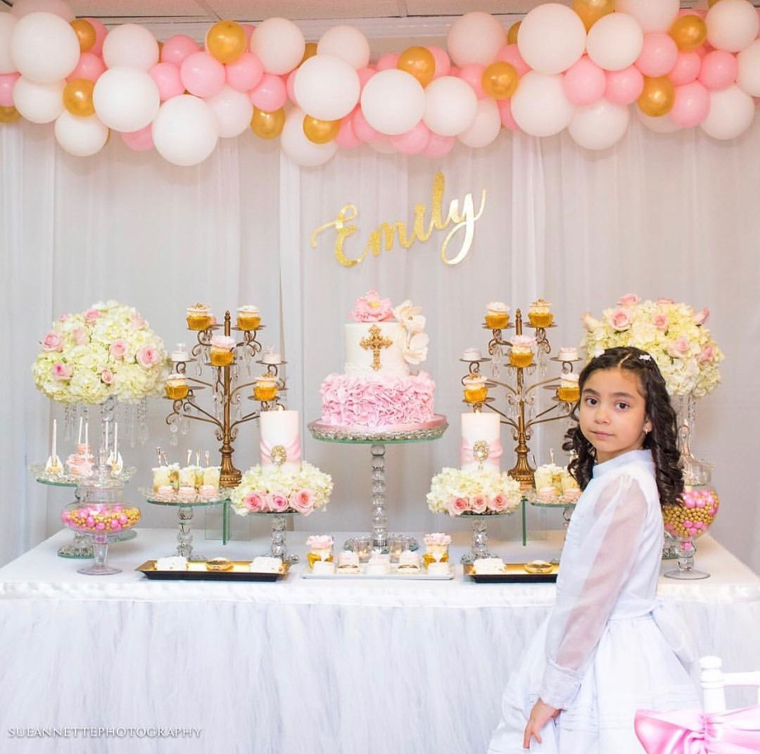 First Holy Communion Dessert Table ideas by @creative_dessertables