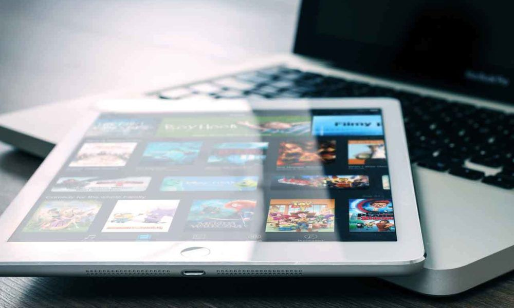 Showbox Apk v5.23 How to download for iOS , Android and