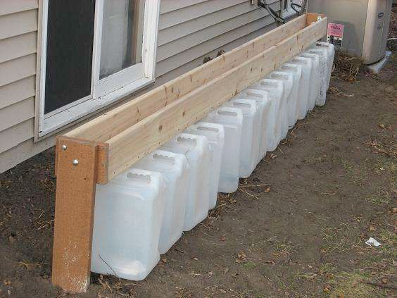 House Have No Gutters This Gutterless Rain Barrel System Is A Great Work Around Thank You Comm Rain Water Collection System Rain Water Collection Rain Barrel