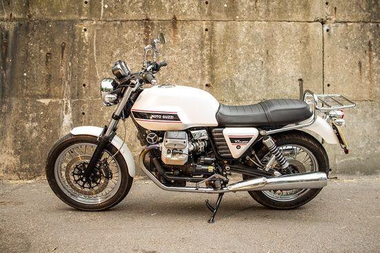 Moto Guzzi V7 Cafe Racer by 2WheelsMiklos