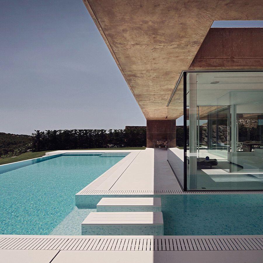 Casa en Aiguablava —    MANO Arquitectura