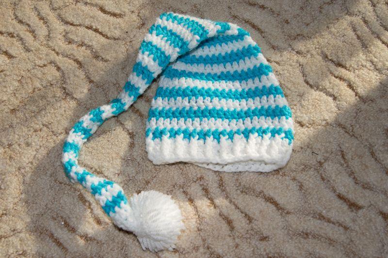 Gehäkelte Baby Elfen Bzw Zipfelmütze Weiß Türkisblau Gestreift
