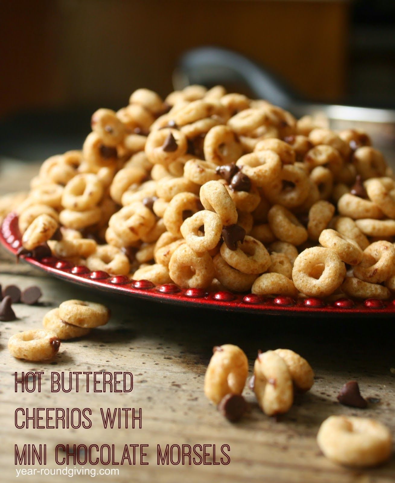 Hot Buttered Cheerios With Mini Chocolate Morsels On The Go Pink Cheerio