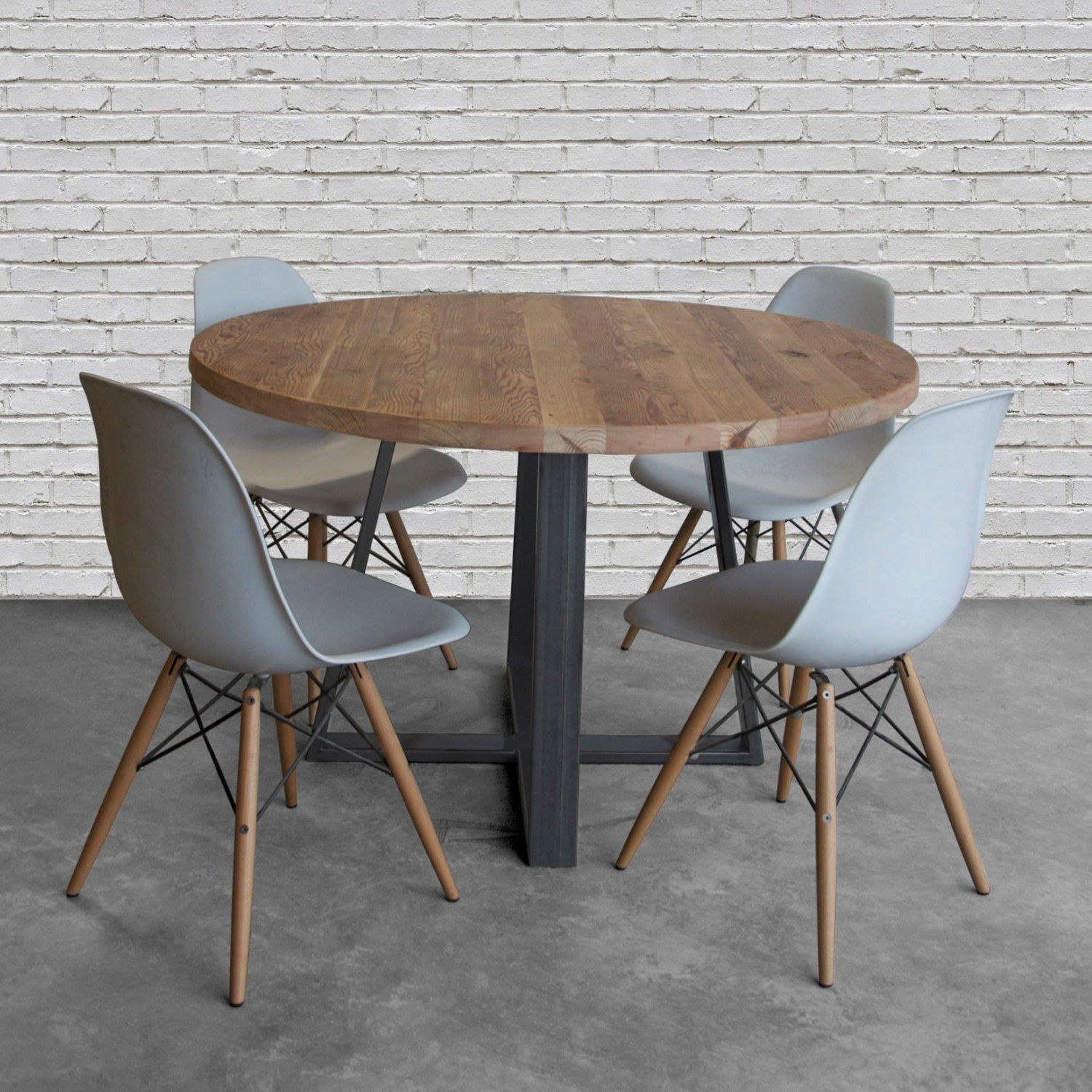Round Top Pedestal Table In Reclaimed Wood And Steel Legs In Your Choice Of Color Size And Finish Kitchen Table Wood Round Wood Table Round Farmhouse Table