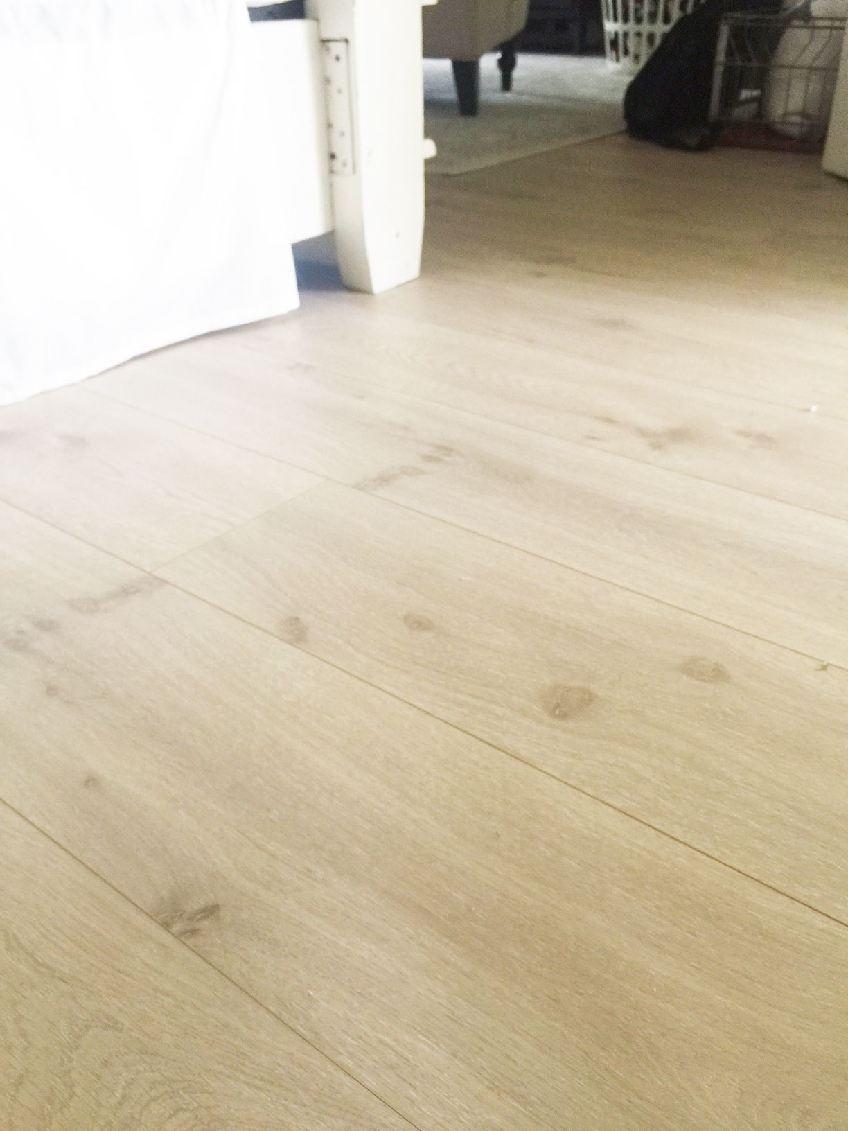 install pergo laminate flooring for a farmhouse look laminate