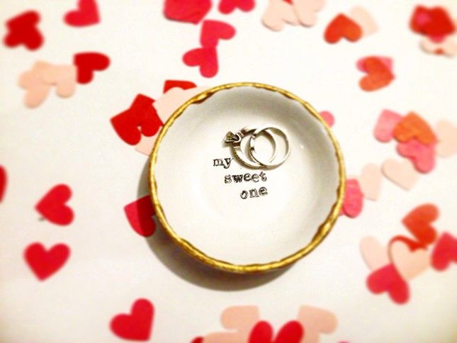 This DIY lettered ring dish would make such a great V-Day gift.