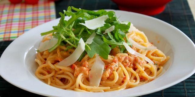 Spaghetti s pestom Trapanese