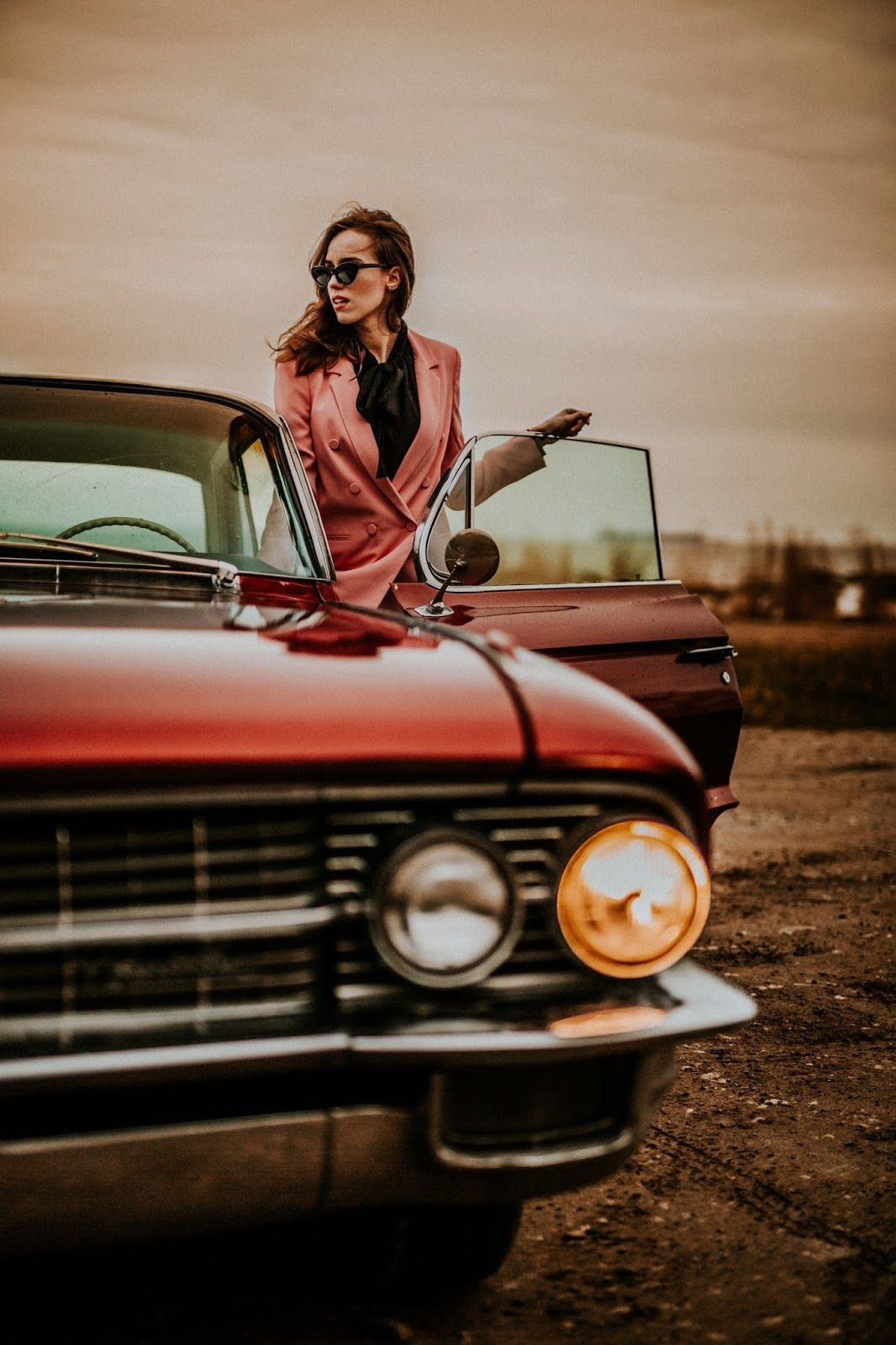 Vintage Vibes Giveaway In 2020 Vintage Photoshoot Photography Poses New Car Picture