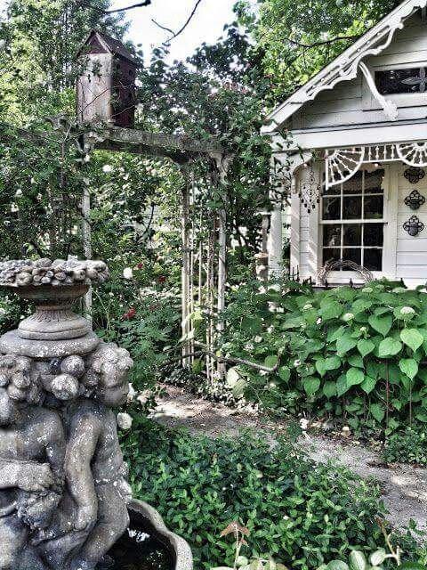 Pin von Suraiyla auf Cottages, Garden Houses and more