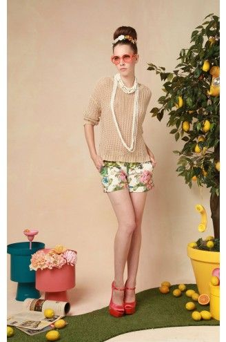 Florals for this Spring.  Of course, a touch of pearls!