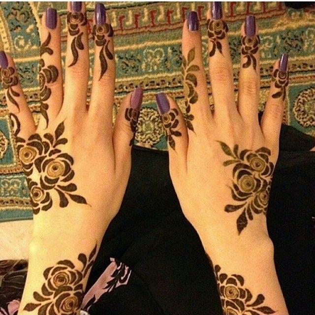 50 نقوش حناء للعرايس والصبايا على الايادى صور روعه تجنن منتدى اناقة و موضة ربة المنزل والبنات Henna Designs Hand Henna Designs Arabic Bridal Mehndi Designs
