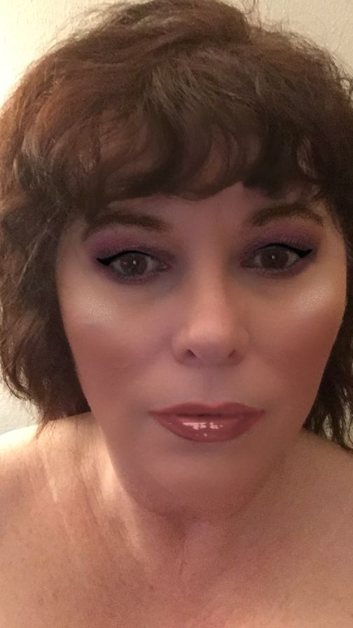 Playing around with GLAMlab, Ulta Beauty's virtual try-on app