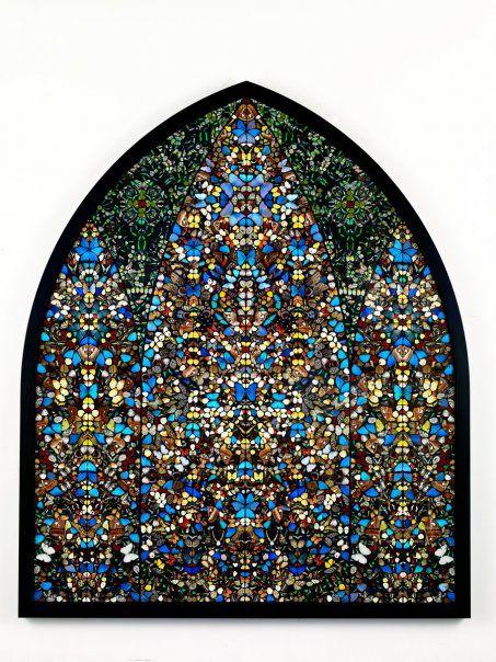 3a8eeb0d7b5d Damien Hirst Oeuvre réalisée à partir de papillon   Land Art ...