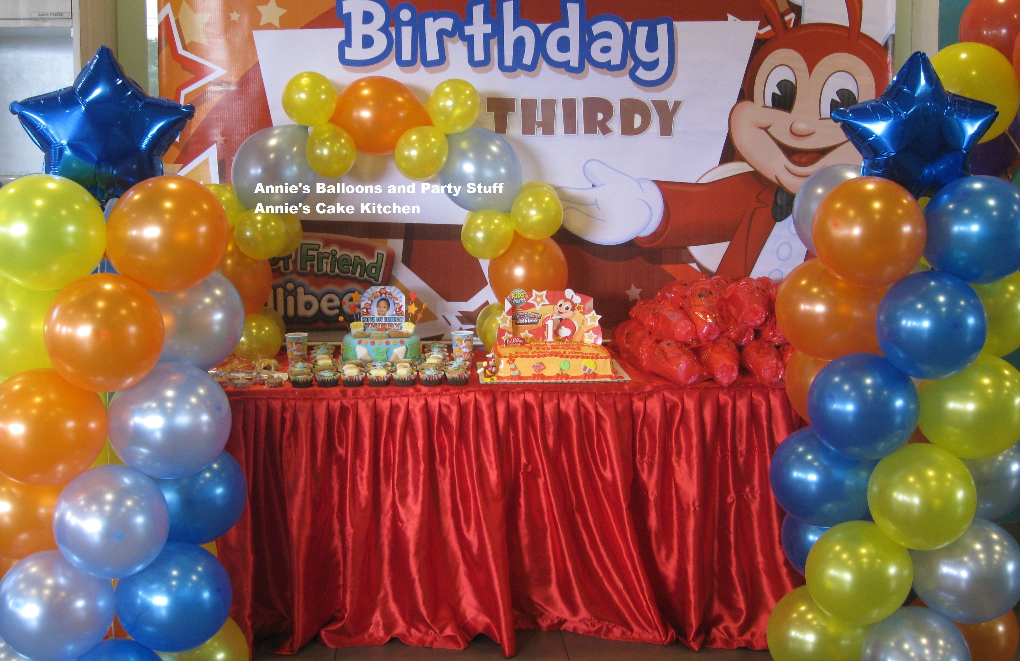 Balloon Setup For Jollibee Party