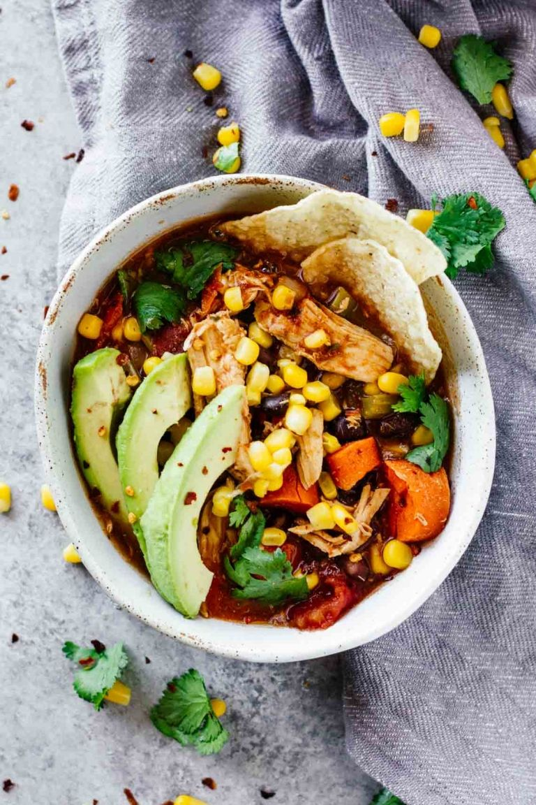 Ingredients 2 chicken breasts, medium 2 cups chicken stock 15 oz. can  tomato sauce 1 cup black beans, canned 1/2 cup corn 1/3 onion, chopped 15 oz.  can ...
