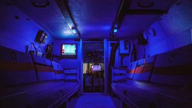 BBC - Autos - Hybrid Hummers make tracks to the South Pole