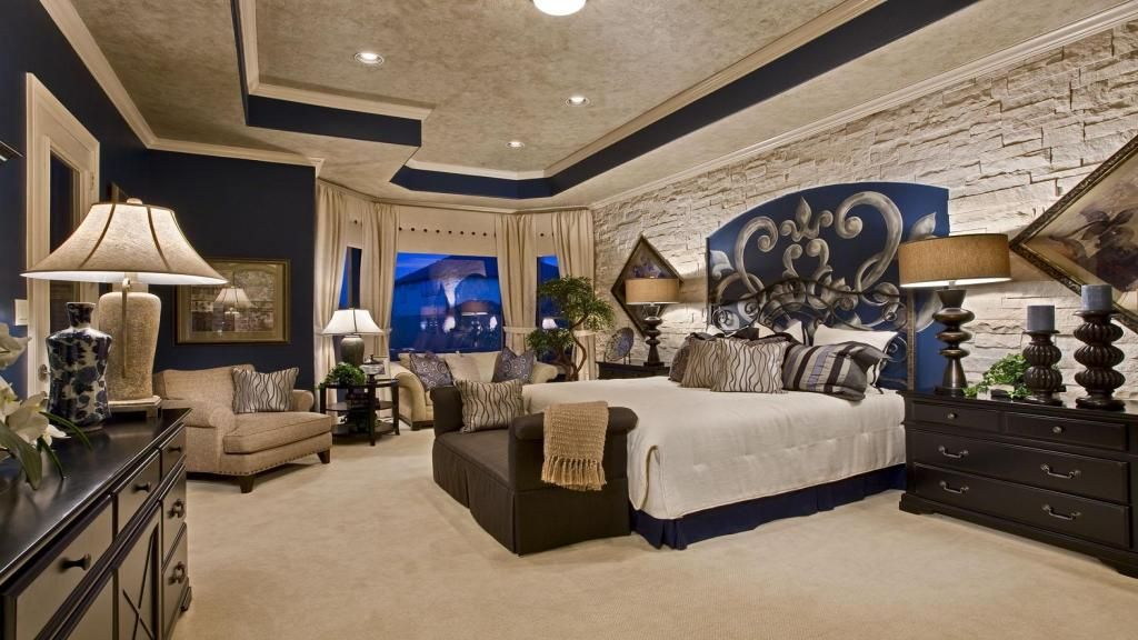 Best Royal Blue Creates An Elegant Ambience In This Spacious 400 x 300
