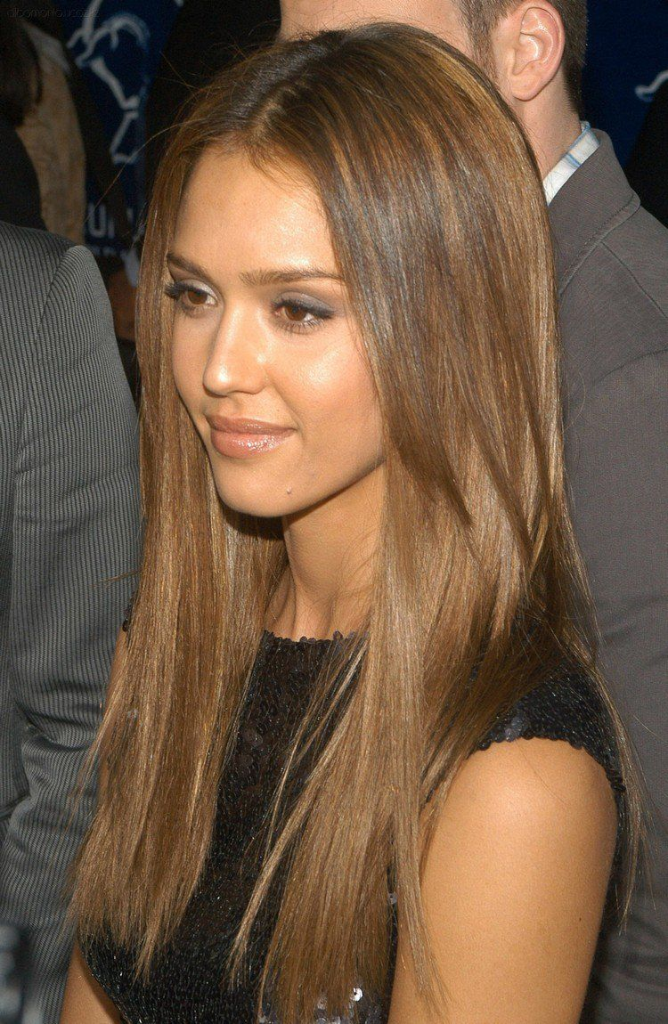 quelle couleur de cheveux pour yeux marron le blond fonc de jessica alba mode cheveux. Black Bedroom Furniture Sets. Home Design Ideas