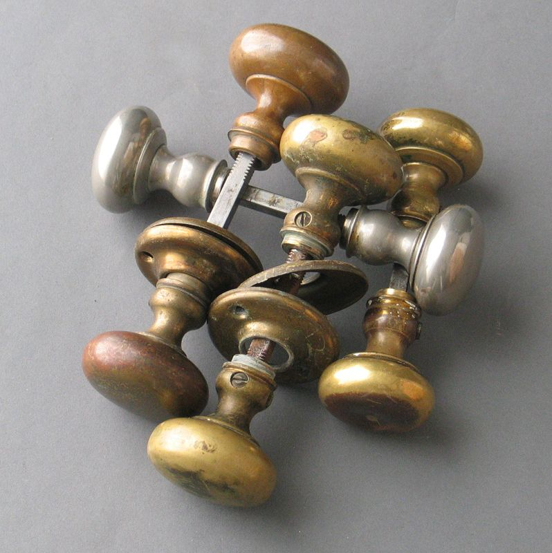 Charmant Antique Brass Door Knob Pairs