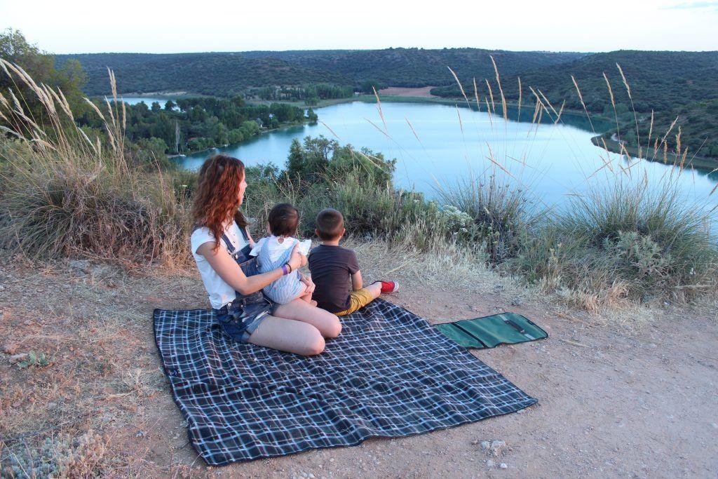 Planes En Familia Lagunas De Ruidera Con Niños Criando En Paralelo Familia Lagunas Bosque Mediterraneo