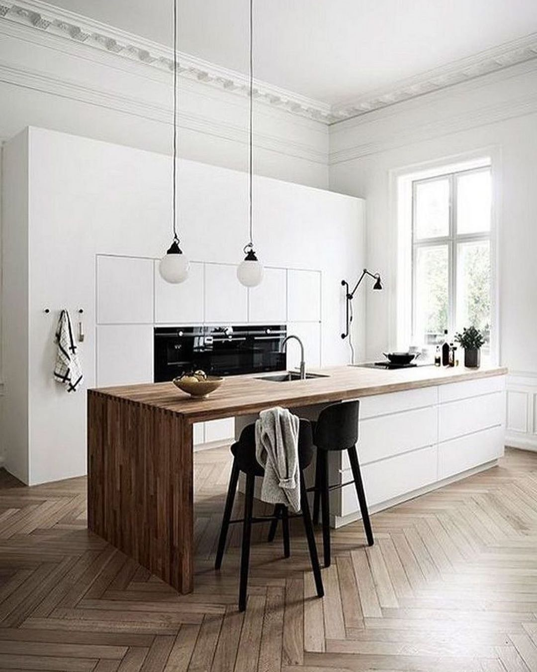 A Designers Mind On Instagram When You Need Some Inspiration For Light And Bright In 2020 Classic Kitchen Design Scandinavian Kitchen Design Contemporary Kitchen