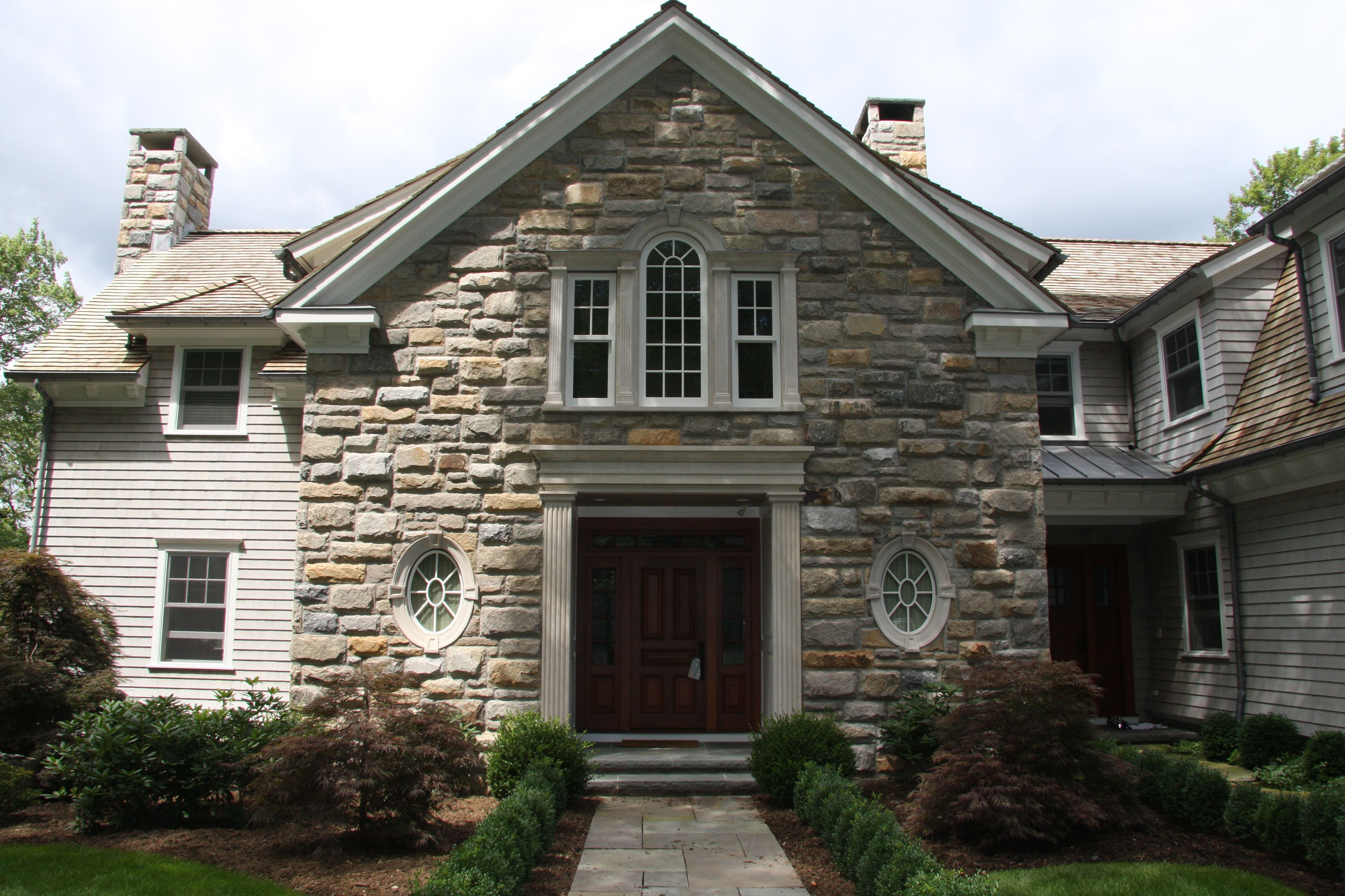 Awesome The Exterior Of The House, Which Is Given By The Decoration Stone Veneer,  Has