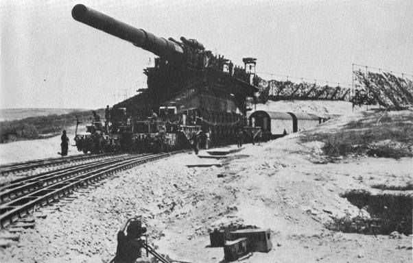 """historywars:    June 2, 1942 Eastern Front The German bombardment of Sevastopol is renewed. German artillery gathered for the effort is comprised of 1300 guns, including the two 60cm """"Karl"""" mortars and the 80cm """"Dora"""" railway gun. The attack is supported by 7th Air Corps."""