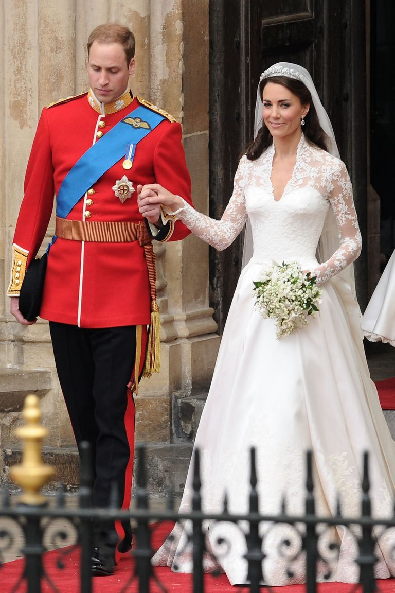 30 Beautiful Wonderful Heartwarmingly Loved Up Photos From Prince William And Kate Middleton S Royal Wedding Prince William And Catherine Kate Middleton Wedding Kate Middleton Prince William
