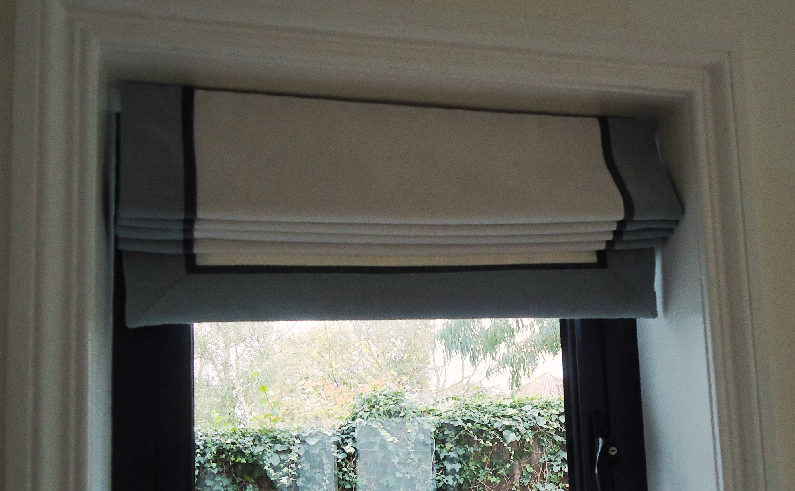 Including Contrasting Borders On A Plain Roman Blind Is A Great
