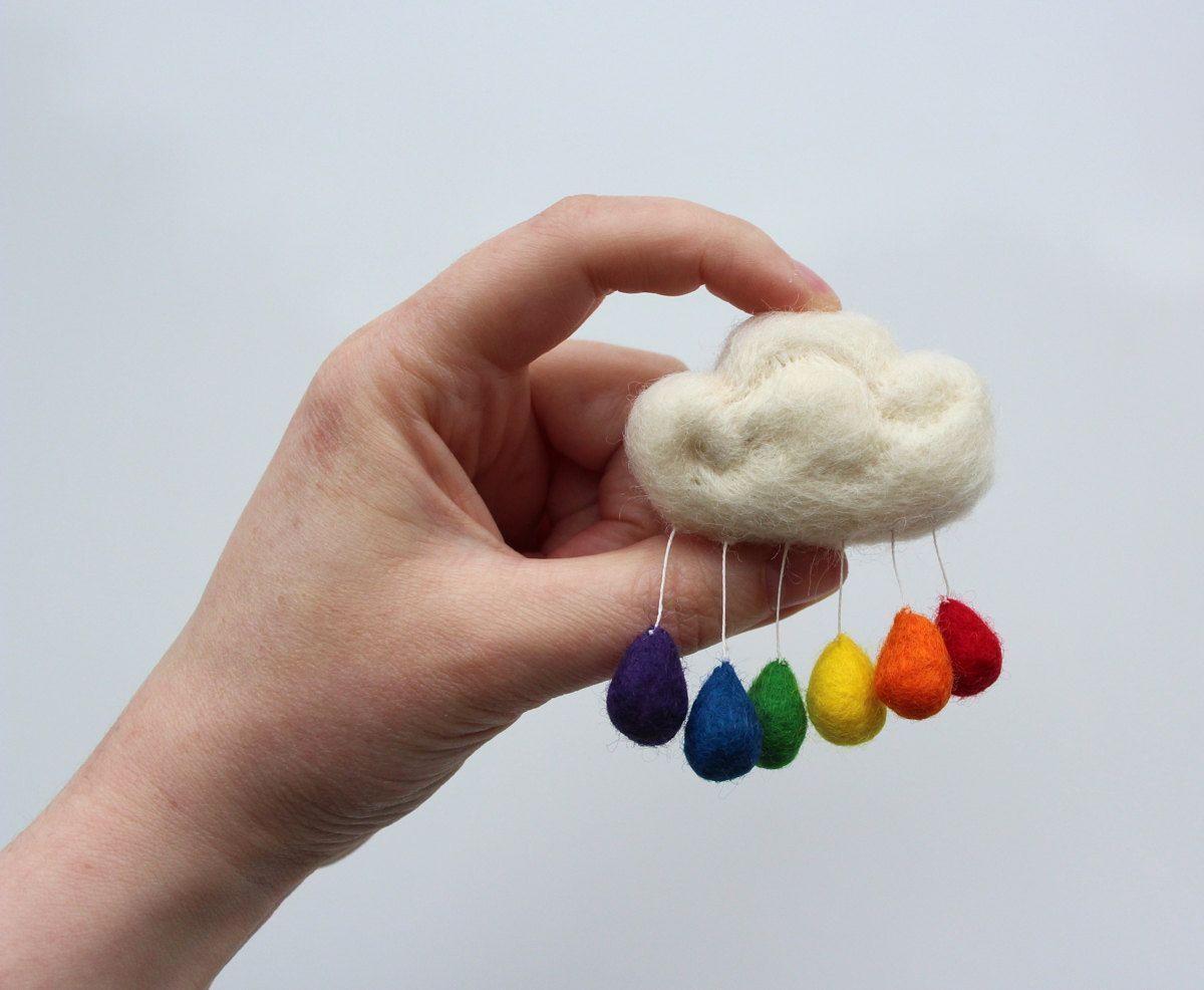 super-happy little cloud brooch