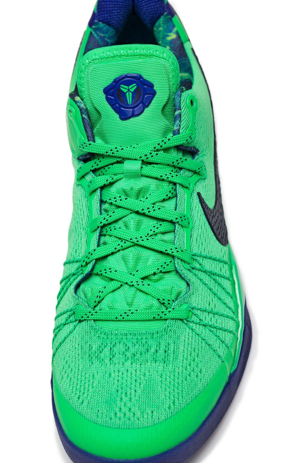 "premium selection c59d3 6dda4 Nike Basketball ""Superhero"" Pack  LeBron X PS Elite, Kobe 8 System Elite"