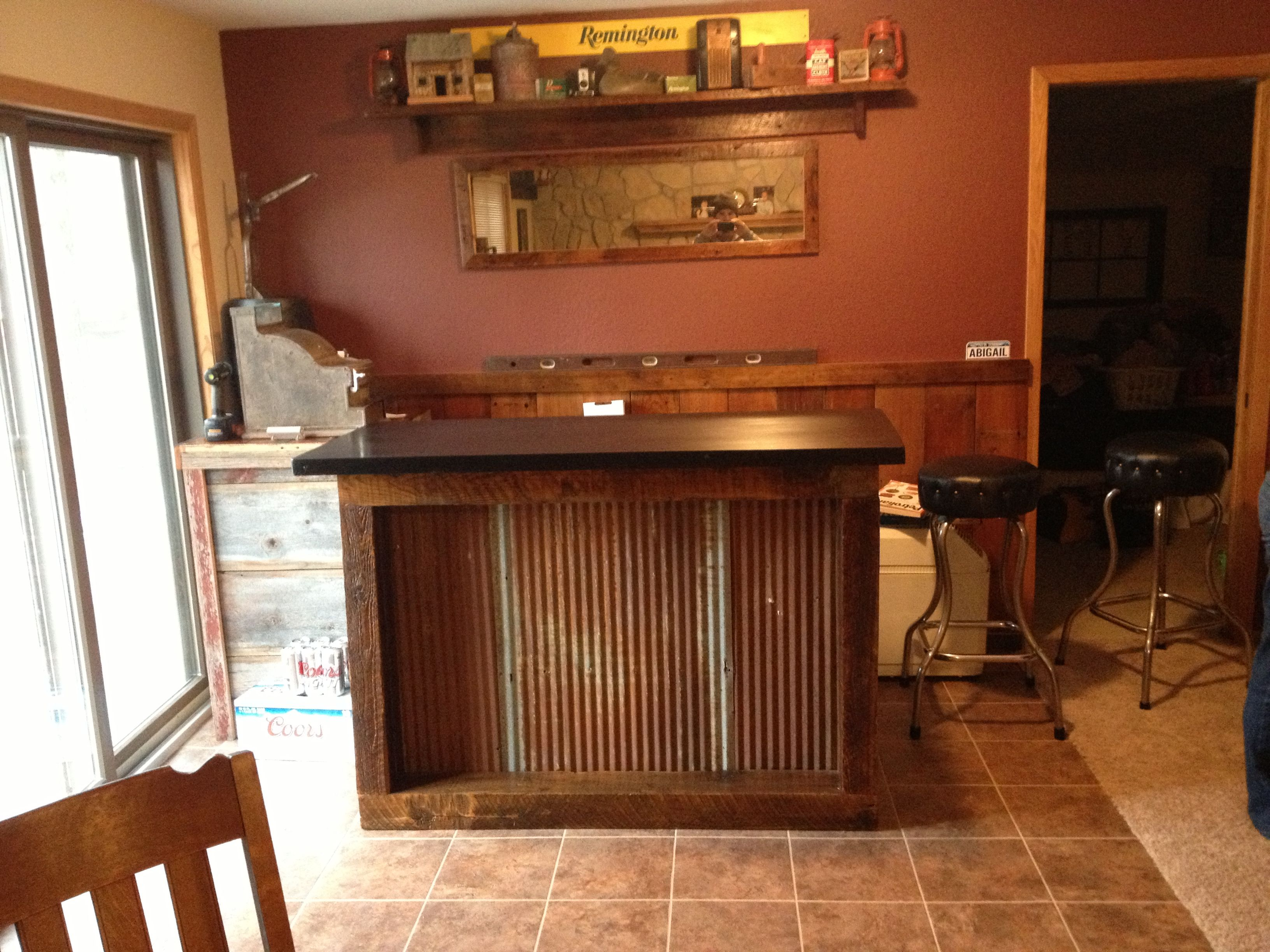 Barn wood bar with rusty tin | My projects | Pinterest